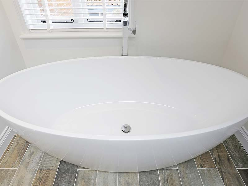 Oval bath from above