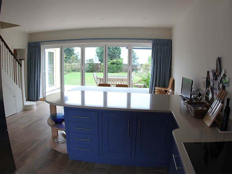 Thorpeness house kitchen island